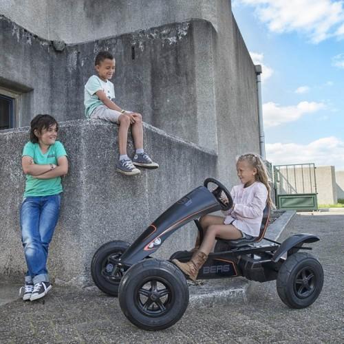 BERG Gokart na pedały Black Edition BFR Pompowane koła od 5 lat do 100 kg