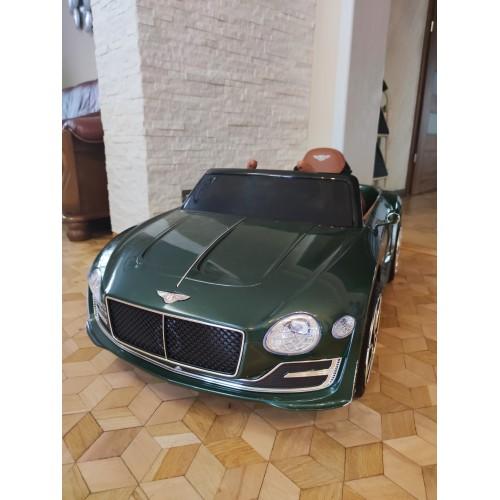 Pojazd Bentley EXP12 Lakierowany Zielony